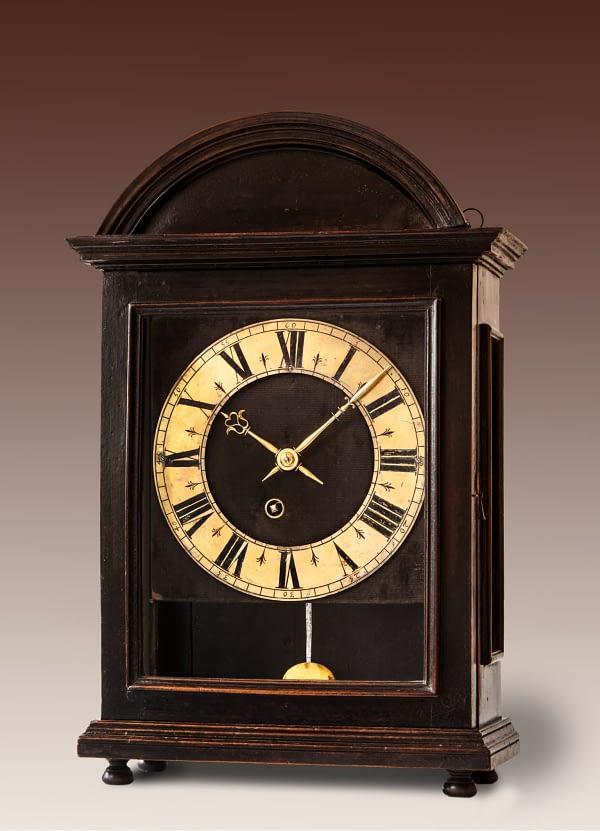 Religieuze Op het uurwerk gesigneerd Bobillier à Bescanson. 60-uurs uurwerk met spillegang en cycloïdeboogjes.