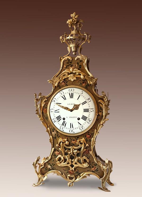Louis XVI-consoleklok